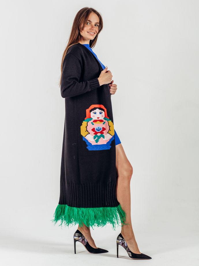 Кардиган Матрешка. Чёрный кардиган с перьями