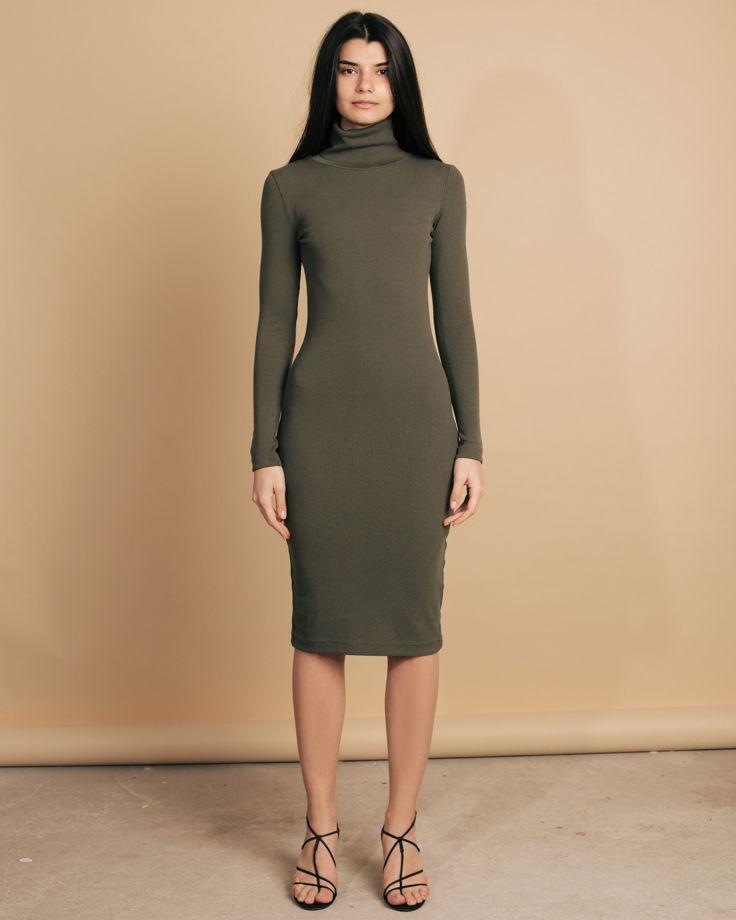 Базовое платье-водолазка в цвете хаки