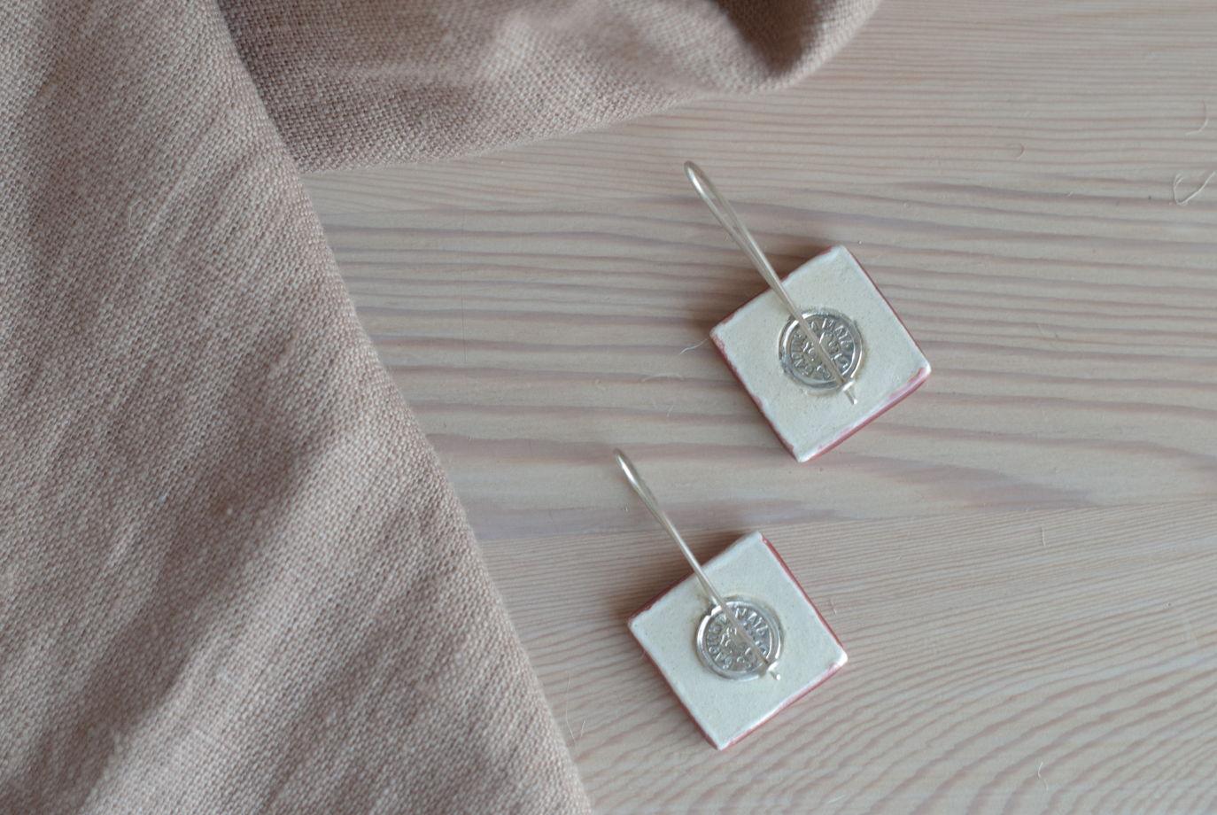 Винные керамические серьги-изразцы «птицы» на серебре