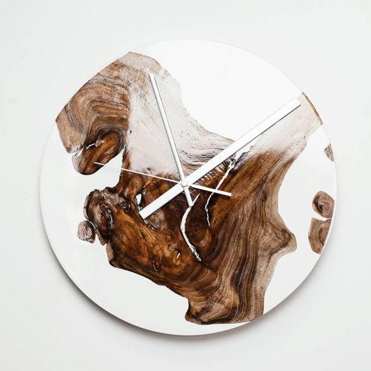 Часы с белой эпоксидной смолой, большие