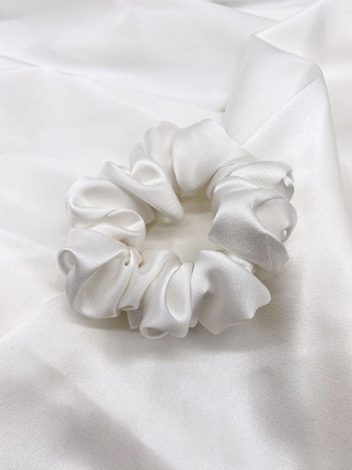 Большая резинка из натурального шёлка, цвет белый