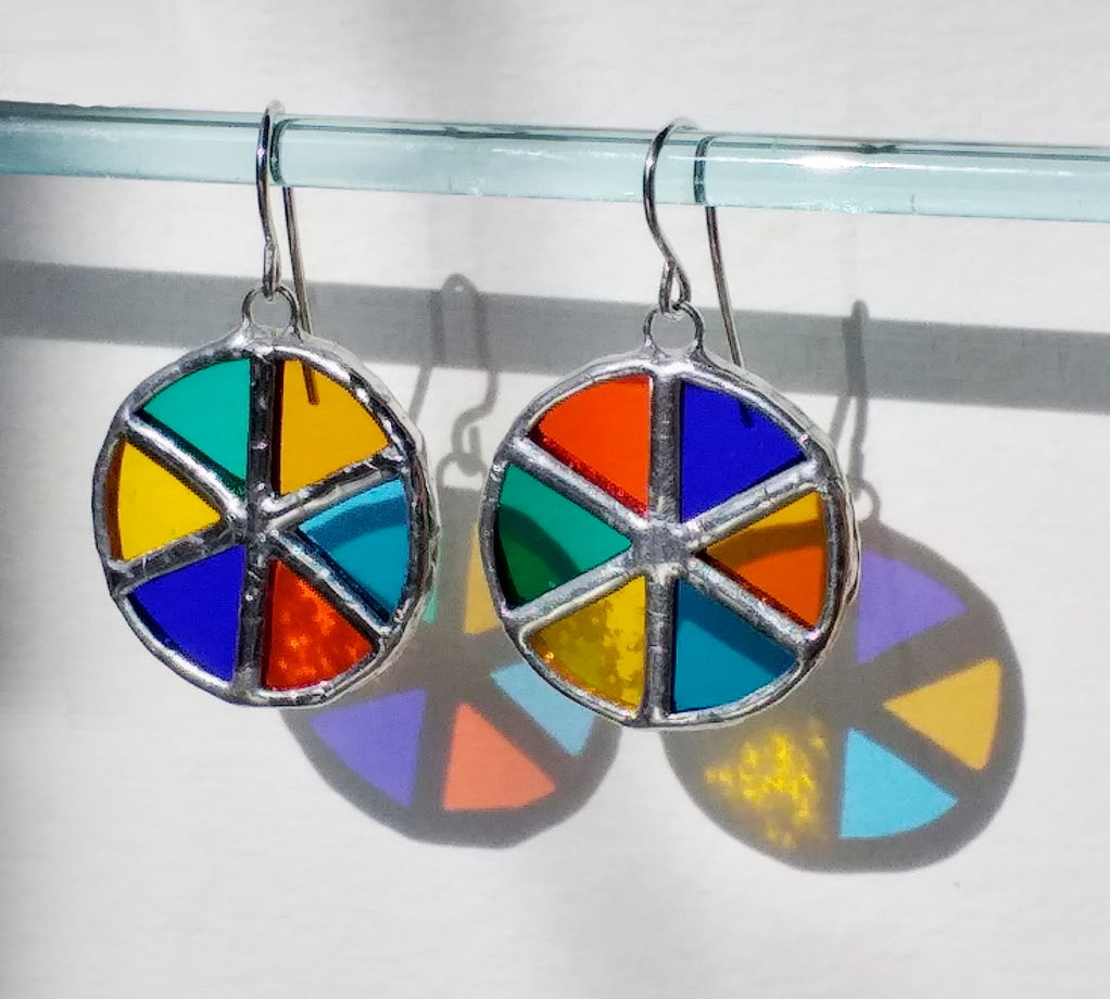 Серьги круглые витражные Цветные колеса
