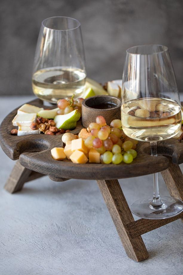 """Раскладной винный столик на 4 бокала. Цвет """"темный орех"""""""