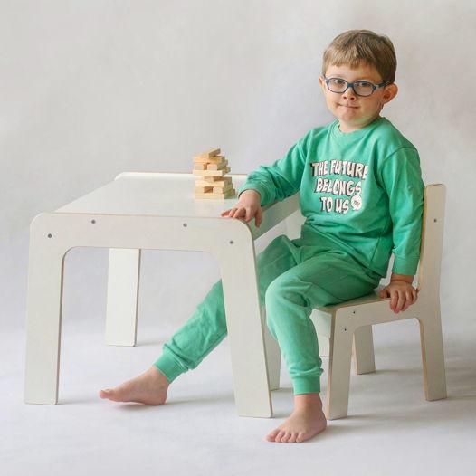 Комплект белой детской мебели стол и стул Киддис
