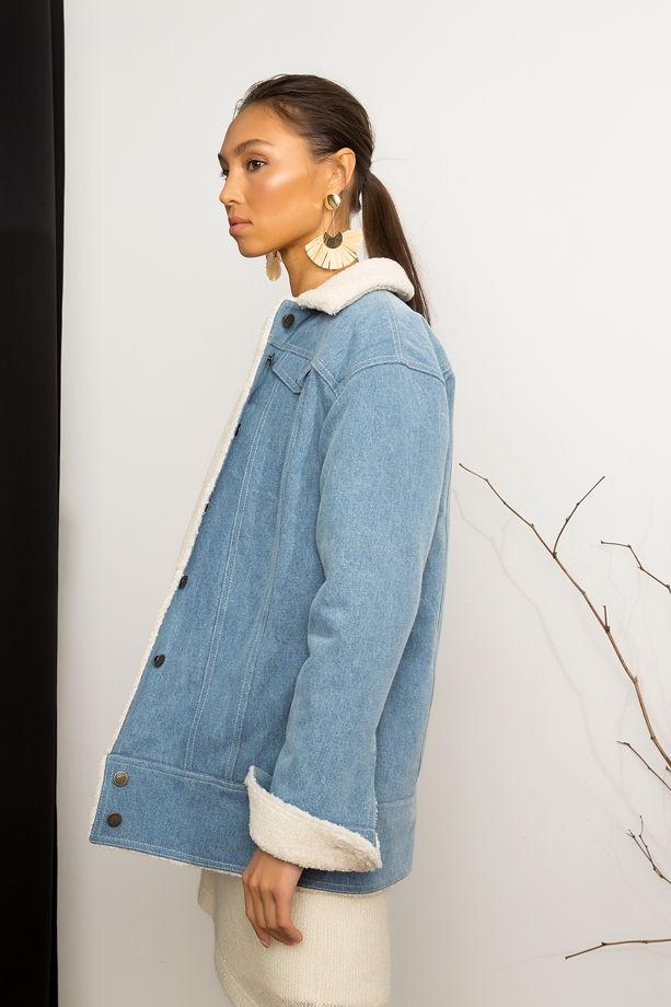 Джинсовая куртка с искусственным мехом