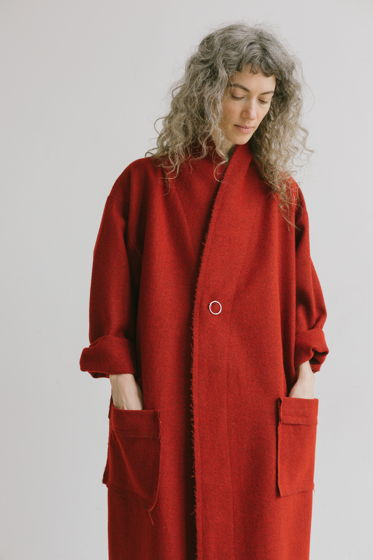 """весеннее теплое пальто """"правильный красный"""""""