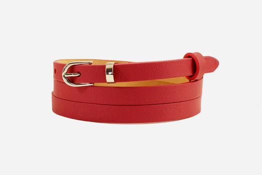 Узкий кожаный ремень красный