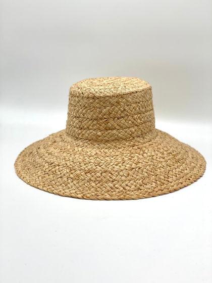 Летние шляпы из рафии