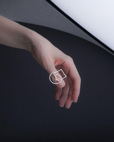 Женское серебряное кольцо ТРИПТИХ геометричное (круг, квадрат и треугольник)