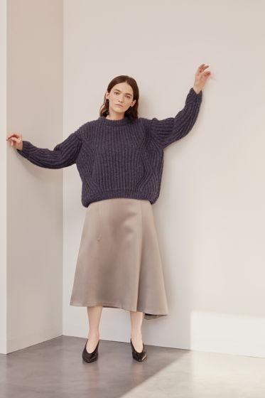 Мягкий объемный свитер