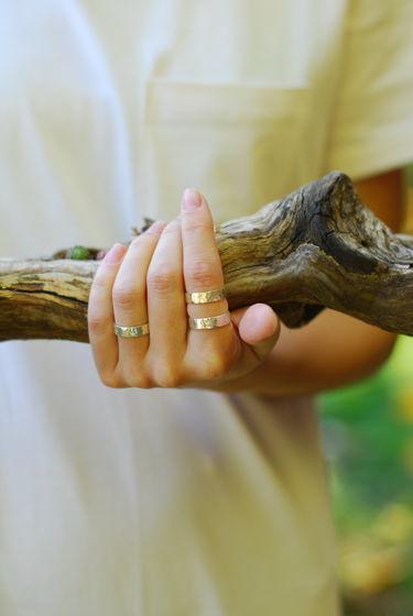 Мятое кольцо из серебра
