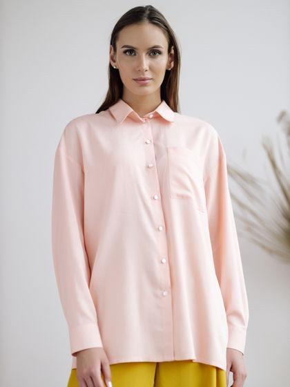 Женская блузка персикового цвета