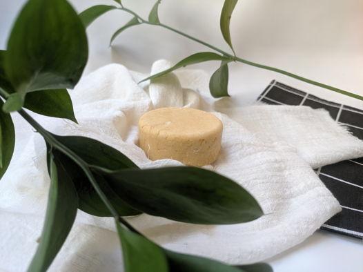 Натуральный твердый шампунь для нормальных и жирных волос (ручная работа)