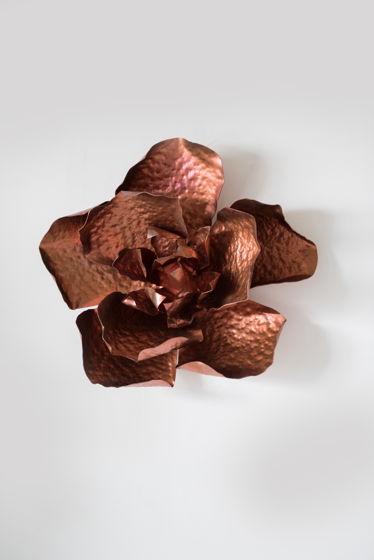 Декоративный медный цветок