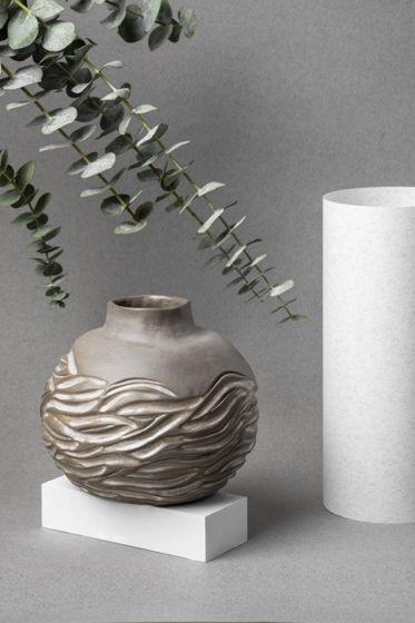 """Интерьерная ваза """"Белые волны"""""""