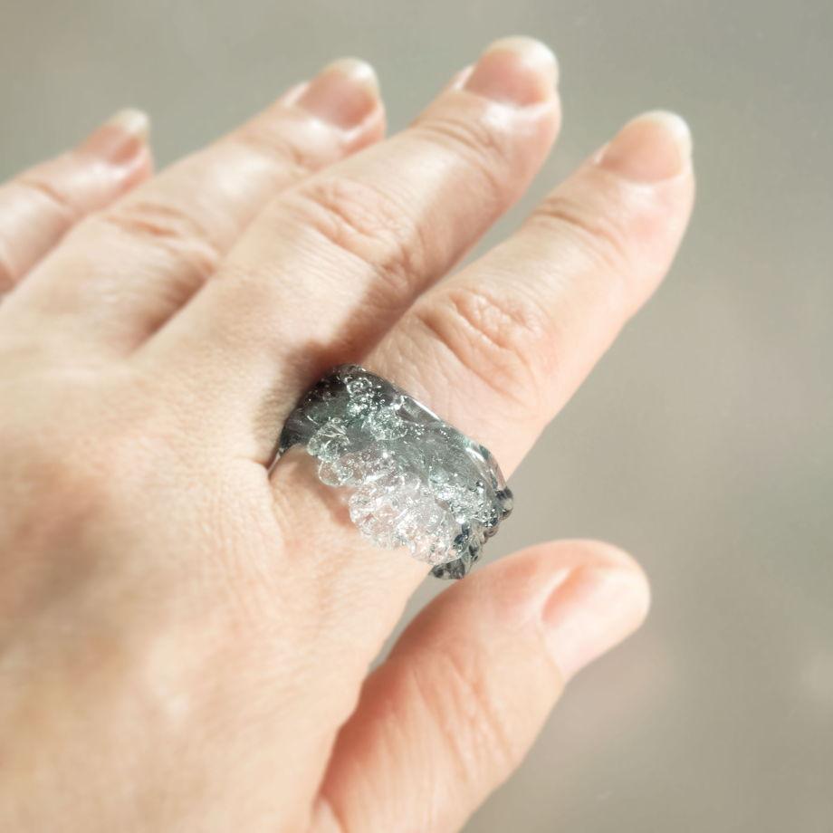 Кольцо Морской прибой (изумрудное)
