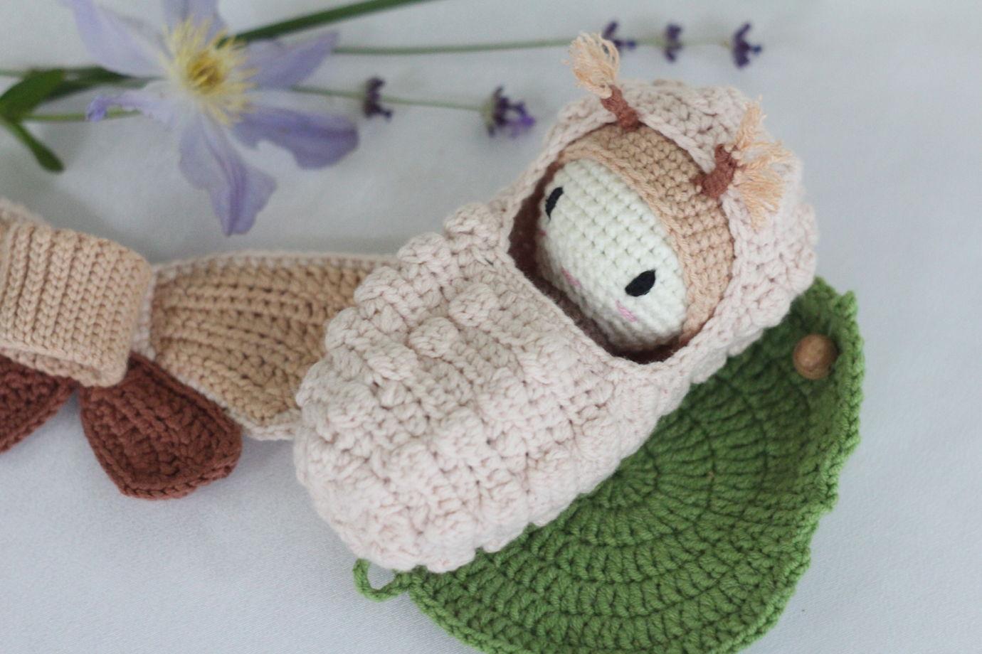 Вязаный развивающий набор - Жизненный цикл бабочки. Мотылек