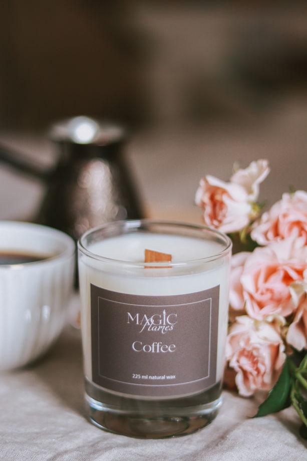 """Ароматическая кокосовая свеча """"Coffee"""" с древесным фитилем ручной работы"""