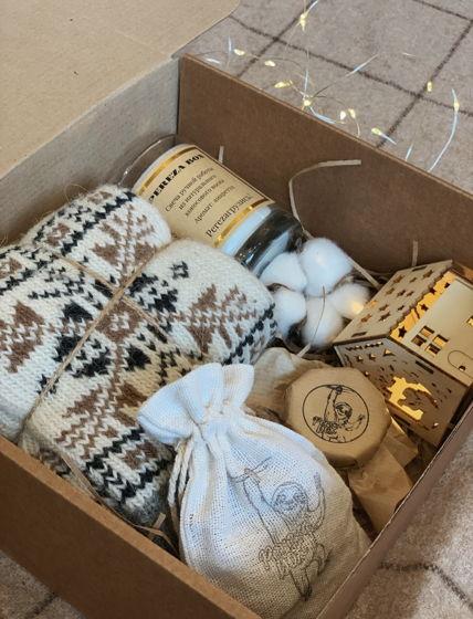 Новогодний подарок с шерстяными носками для мужчины или женщины