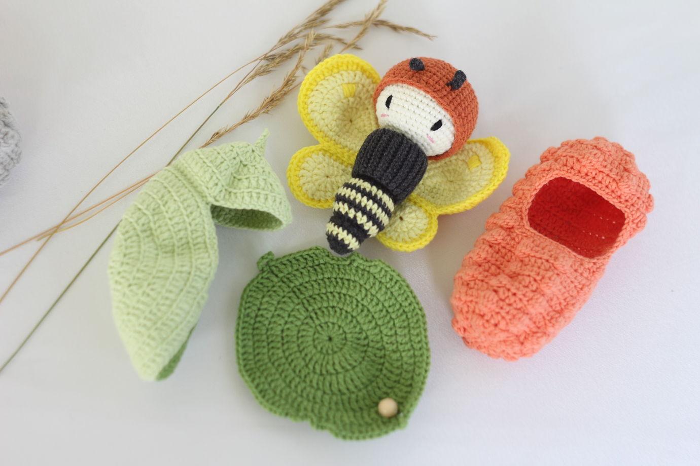Вязаный развивающий набор - Жизненный цикл бабочки. Лимонница