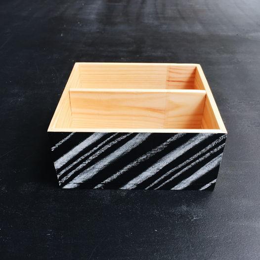 Деревянный ящик с грифельной стенкой
