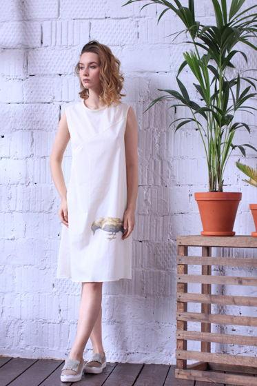 Легкое летнее платье с вороной