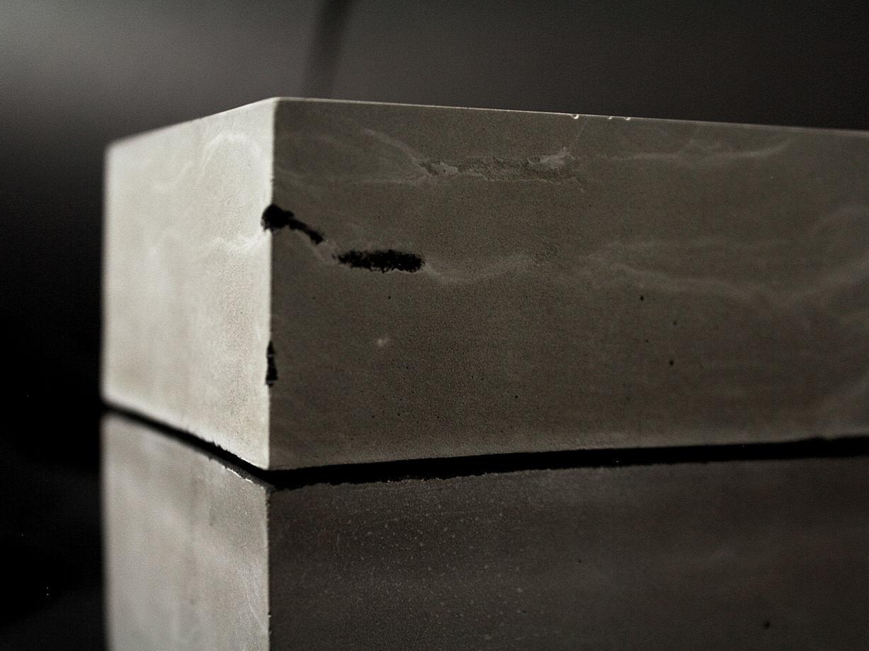 Куб Монолит из бетона | коллекция space odyssey