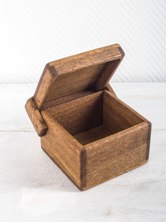 """Большая коробочка из светлого дуба для хранения """"Кубик"""""""