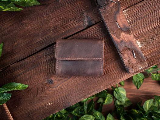 Кредитница из натуральной кожи для карт и визиток -COFFER- ручной работы цвет Шоколад