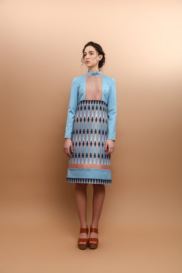 Платье с геометрическим принтом