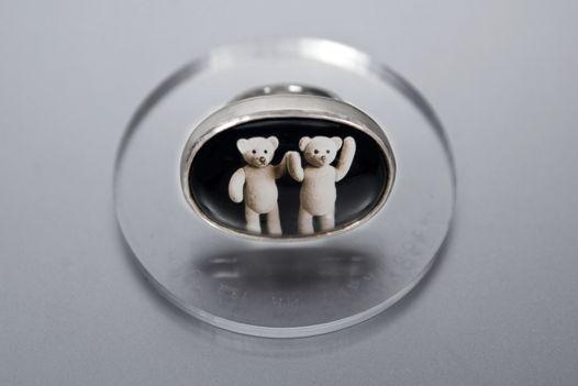"""Кольцо """"медведь"""" с горным хрусталем, цифровой печатью и фразой на латыни."""