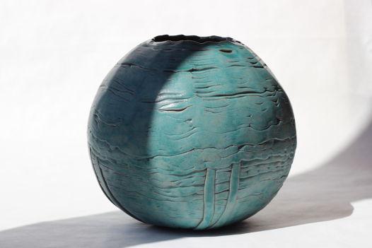 Ваза керамическая интерьерная ручной работы, бирюзовая