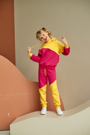 "Спортивные брюки из футера розово-желтого цвета для девочки ""Ray"""