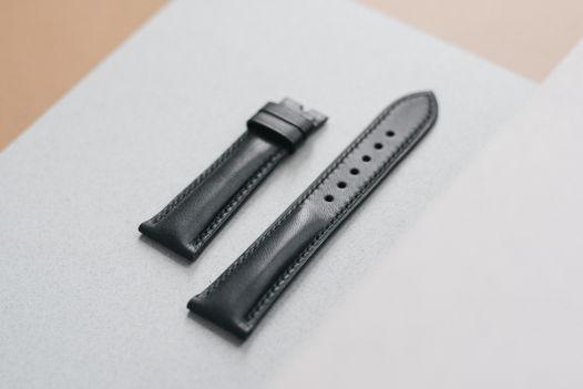 Сменный ремешок для часов с подиумом из натуральной кожи