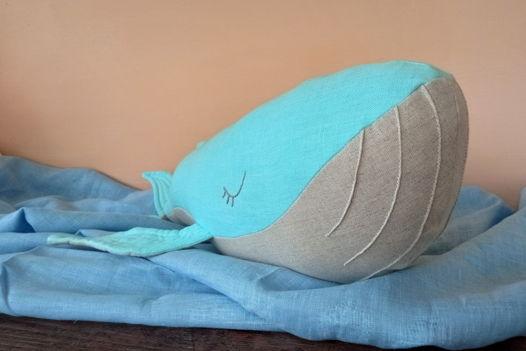 Льняной кит ручной работы (бирюзовый/серый)