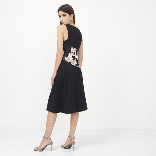 Платье трикотажное с пайетками