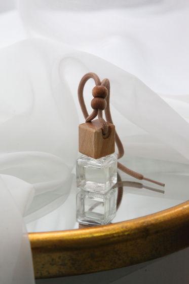 Автодиффузор с ароматом на выбор