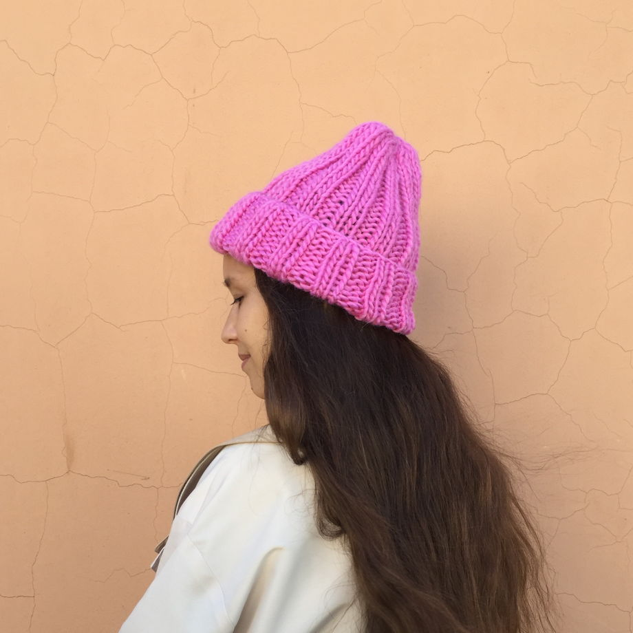 Зимняя шапка женская