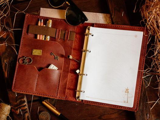 Кожаный блокнот-органайзер на кольцевом механизме -LEGACY- формат А5 цвет Коньяк
