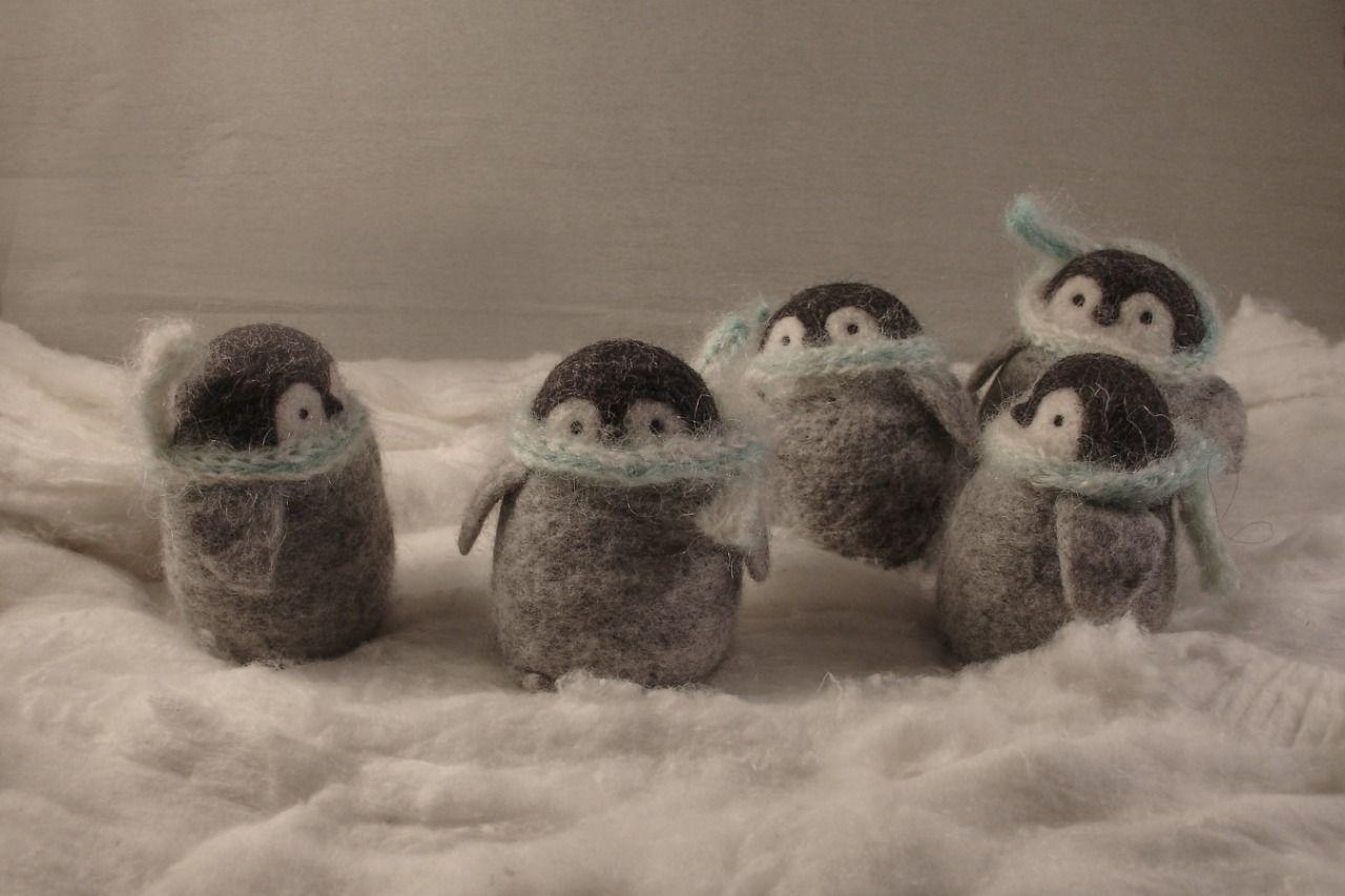 """Игрушка из шерсти """"Пингвинёнок"""""""