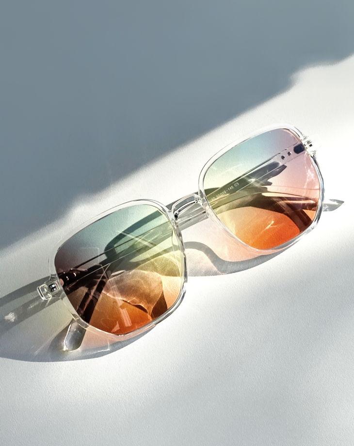 Первые уникальные очки с 5 цветными линзами