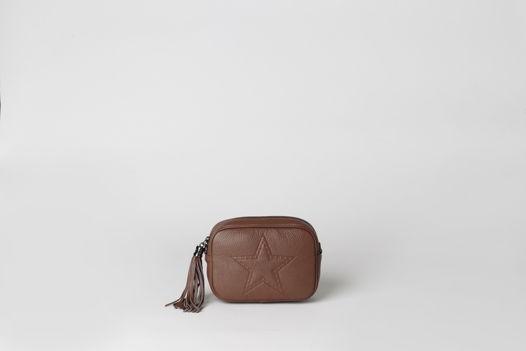 Кожаная маленькая сумка через плечо AMY leather mini cross body bag. В наличии в Москве