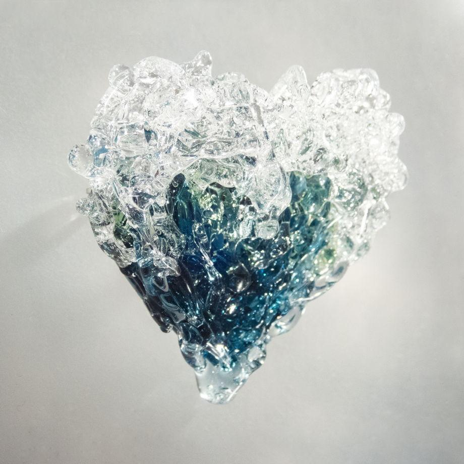 Брошь Сердце океанских волн