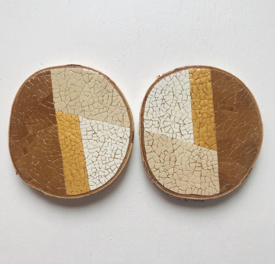 Набор подстаканников 8*9 см «Геометрия» ручной работы на спиле березы, инкрустированной яичной скорлупой