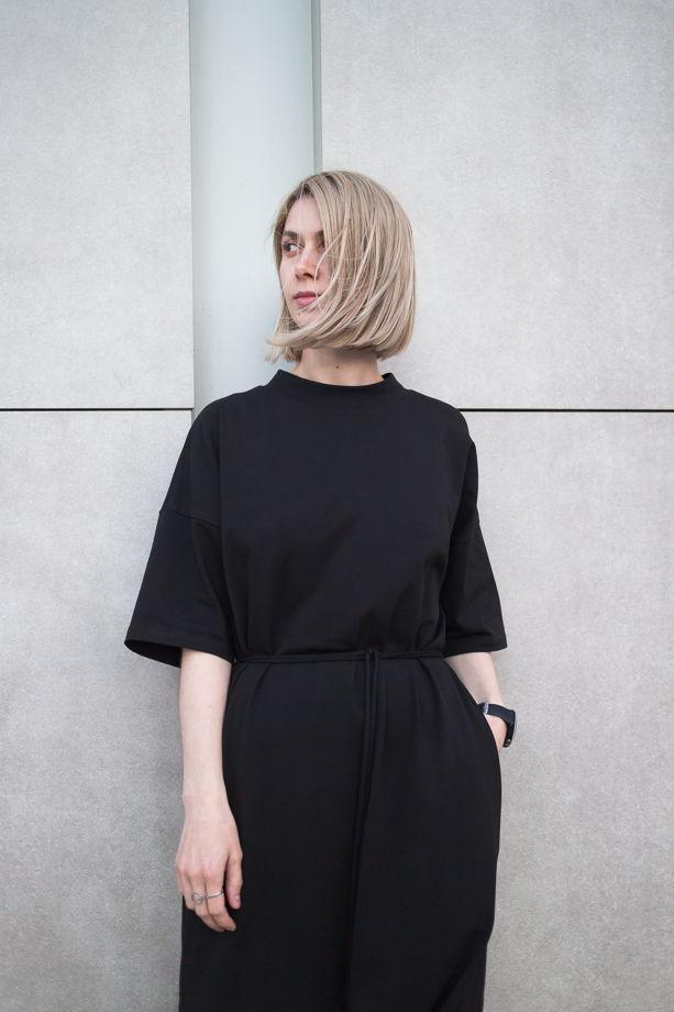 Платье футболка с разрезами