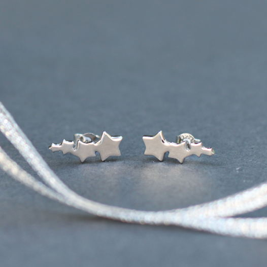 Startrack - серебряные пусеты