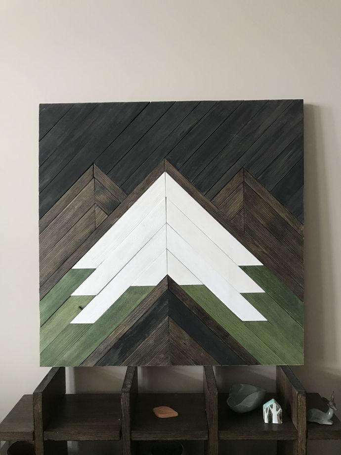 Деревянное панно The Mountains 50х50  см.
