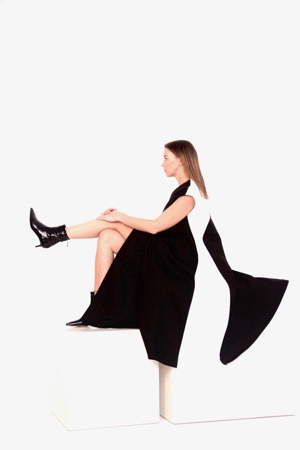Платье - трапеция черно-белое