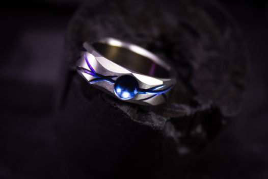 """Титановое кольцо """"Цвет чудовства"""""""