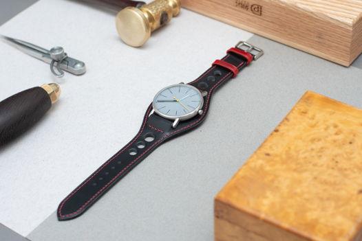 Черно-красный часовой ремешок в стиле Ралли